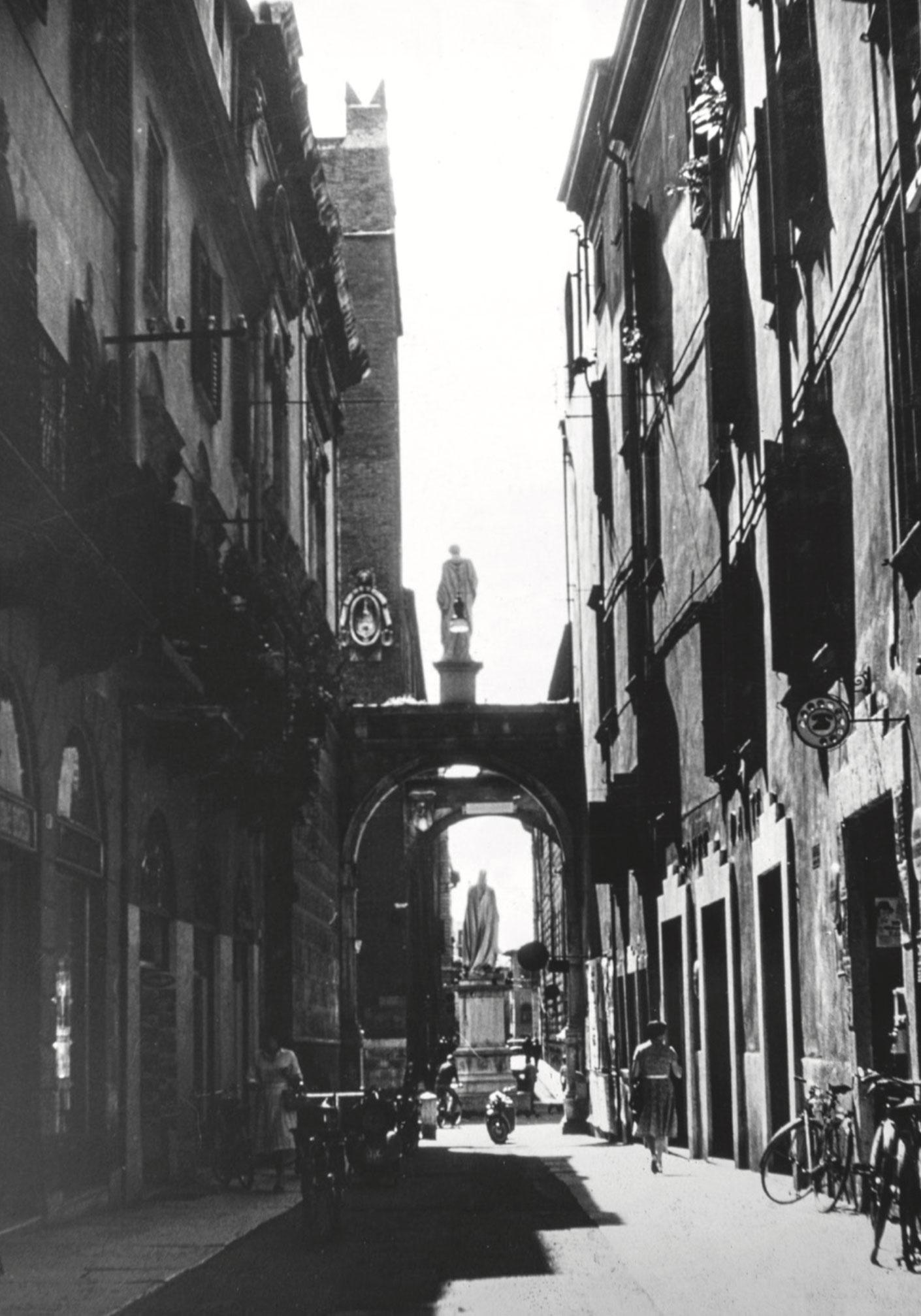 Piazza Dante in Verona, Italy