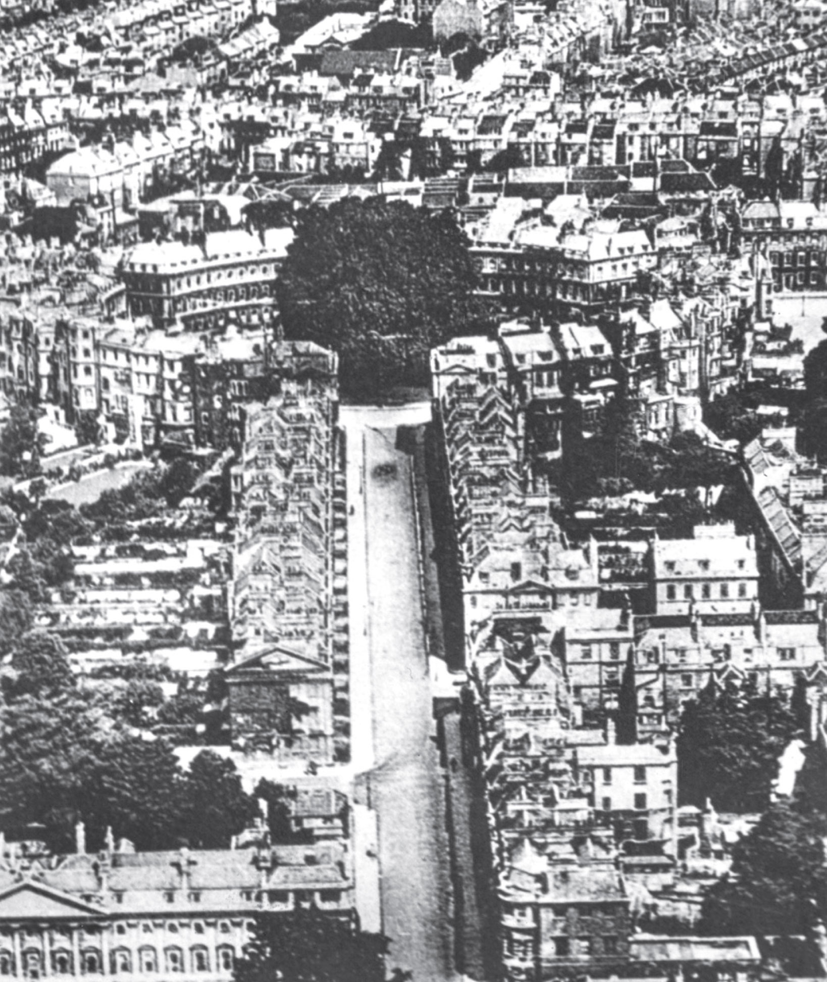 Aerial view of The Circus in Bath. Photo not by Norman Foster.